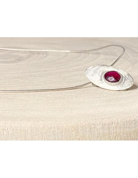 Bijoux collier ras de cou femme tendance en argent massif et minéraux