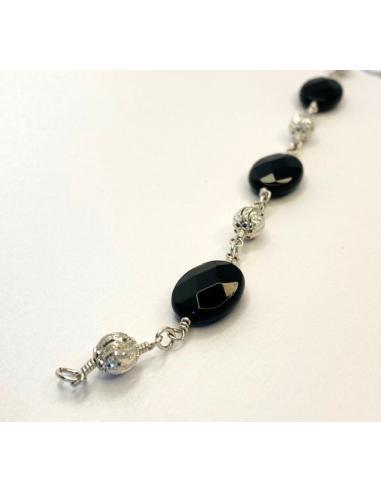 Bracelet agate noire ovale et perle...