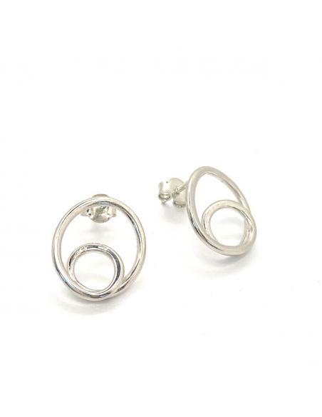 Boucle d'oreille artisanale en argent rhodié pour femme collection infini de chez just'in jewels