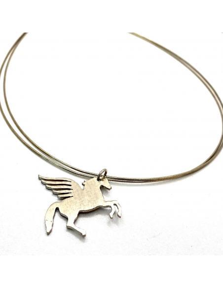 Héros de la mythologie, cheval pegase découpe main artisanalement en argent rhodié collier créateur pour femme