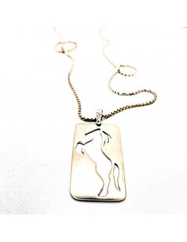 Création artisanale motif cheval repercé vendu en ligne ou dans notre bijouterie de Ramillies